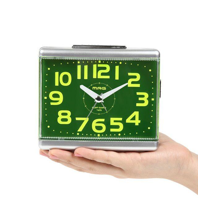 MAG(マグ) 置時計 目覚まし時計 電子音 連続秒針 グッドモーニング2号 T-679  銀シルバー 1台