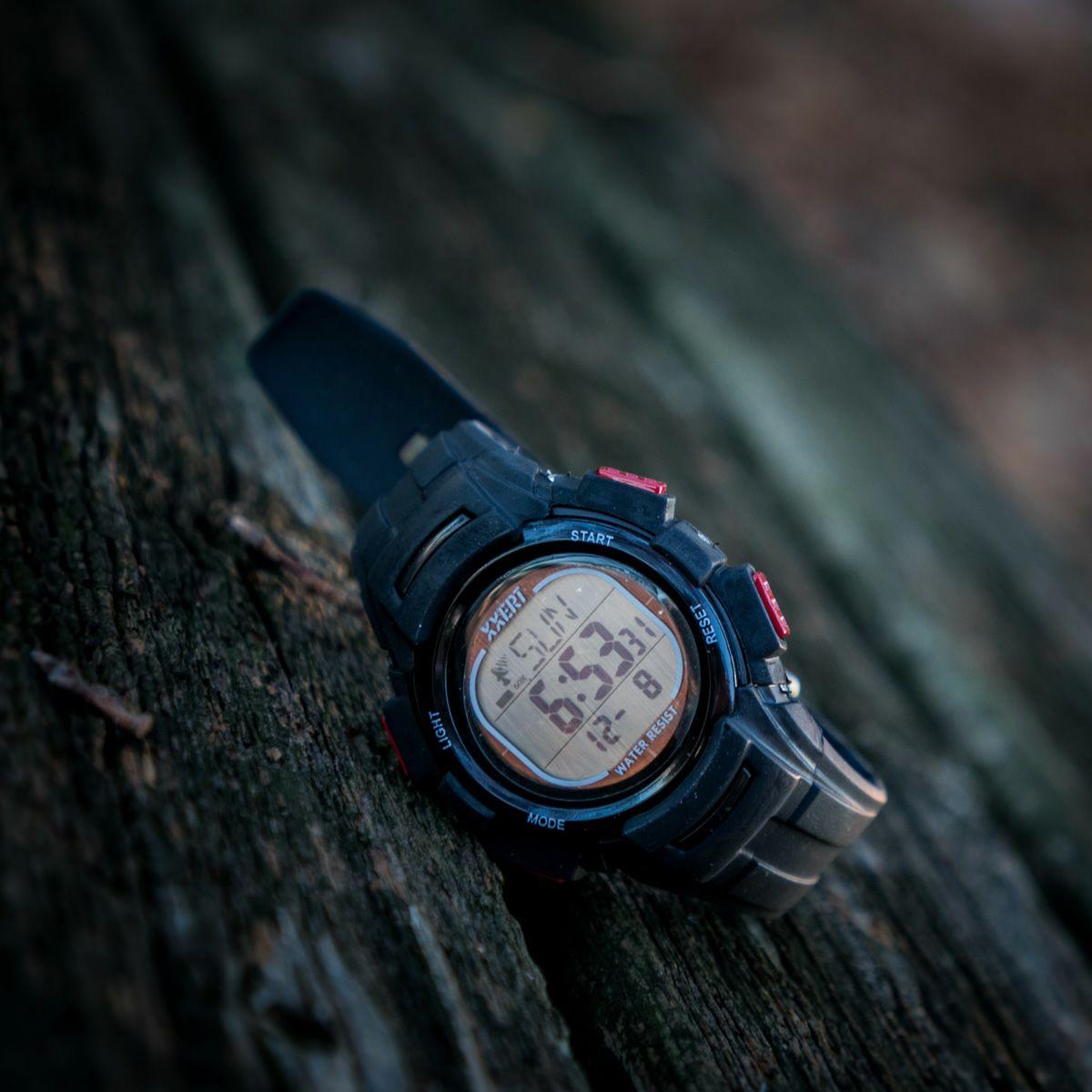 ≪メーカー直販≫ XXERT(エグザート) 腕時計 電波時計 ソーラー ウォッチ 10気圧防水 カレンダー アウトドア ビジネス 部活 入学 卒業 お祝い プレゼント 小学生 XXW-503 ブラック 1本