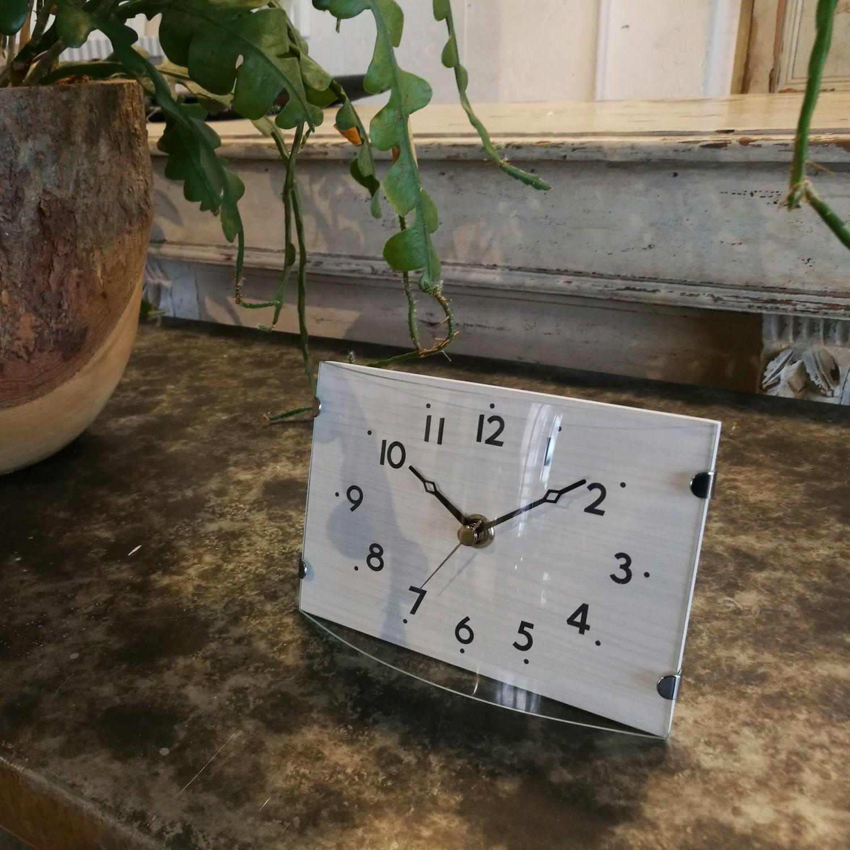 MAG(マグ) ミニサイズ アナログ 壁 掛時計 置時計 置掛兼用 連続秒針 ヒーリングステラ W-712  リビング 玄関 一人暮らし おすすめ 1台