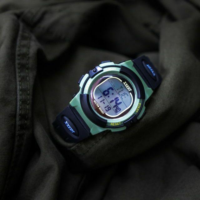 XXERT(エグザート) 腕時計 電波 ソーラー ウォッチ 10気圧防水 カレンダー アウトドア ビジネス 部活 入学 卒業 お祝い プレゼント 小学生 XXW-500 カーキグリーン 1本