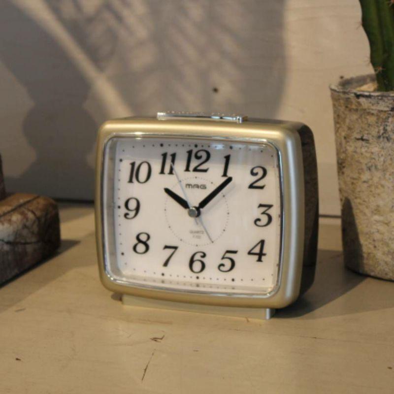 自動点灯目覚まし時計 ブリリア