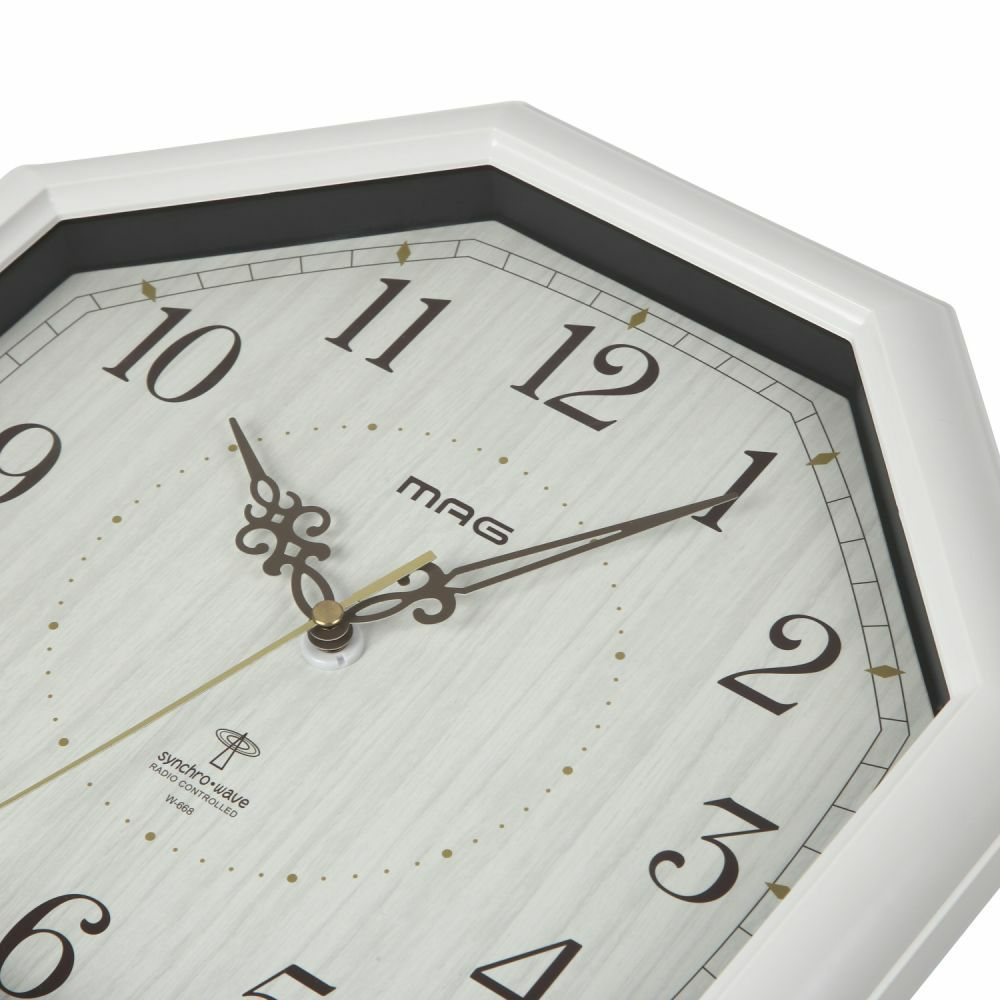 MAG(マグ) アナログ 電波 壁 掛時計 ステップ秒針 八卦(ハッケ) W-668 ホワイト 30cm 1台 木目調 見やすい おしゃれ リビング インテリア 八角形 風水