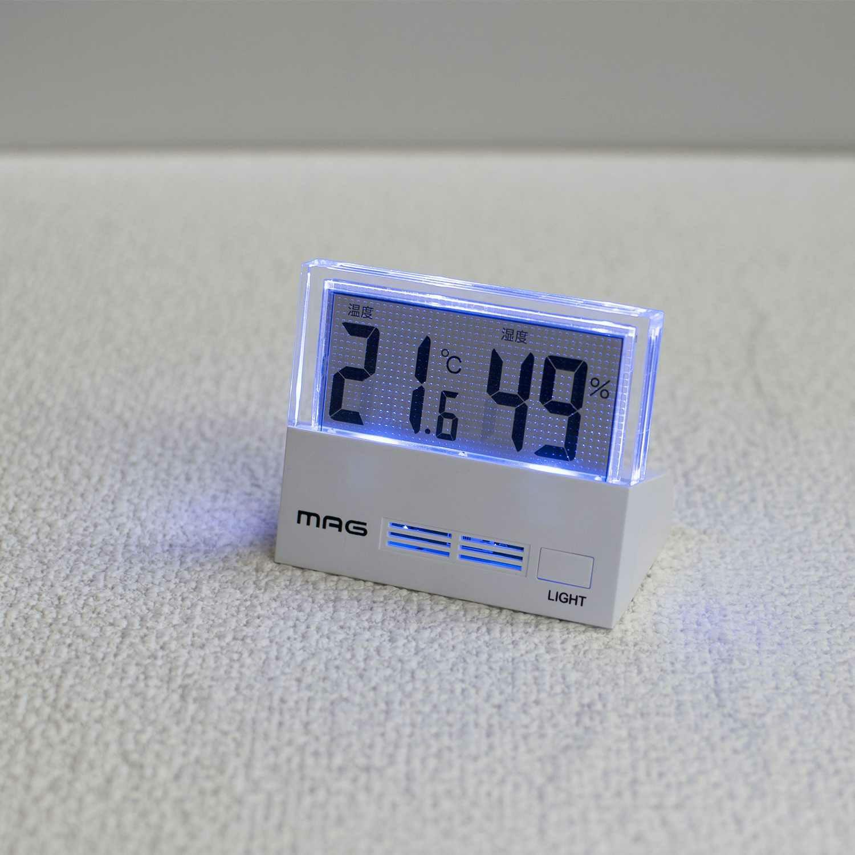 ≪メーカー直販≫ MAG(マグ) TH-108 デジタル 小さい 温度計 湿度計 シースルー ホワイト 1台 ライト付き 隙間スペース 寝室 ベッドサイド 赤ちゃん 年配者 健康管理